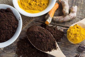 Piling od kurkume – čisti kožu lica