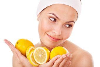 Kako uz pomoć limuna posvetleti podočnjake