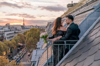 Karantinski ples na pariškom balkonu