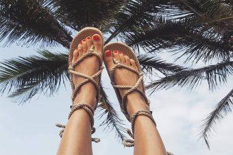 "Otkrijte sandale koje vrište: ""Leto"""