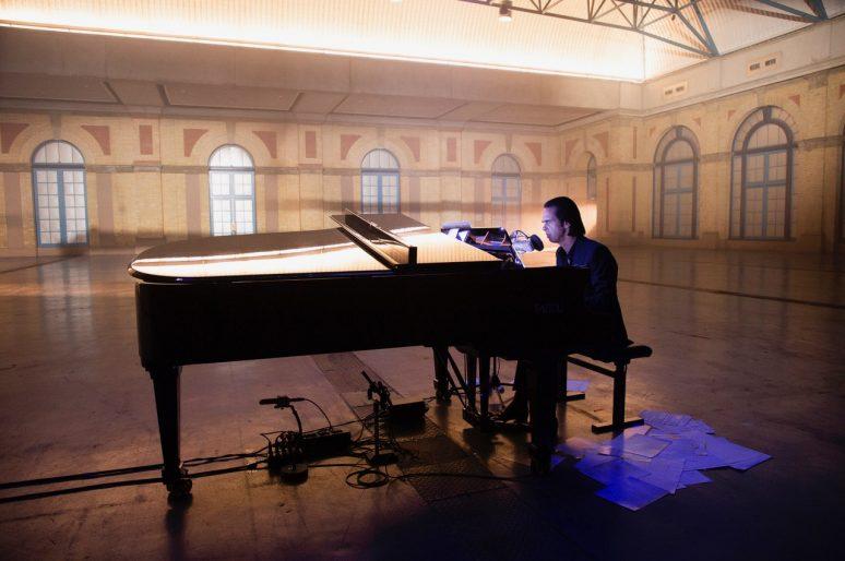 Koncertni film Nika Kejva na otvaranju Slobodne Zone