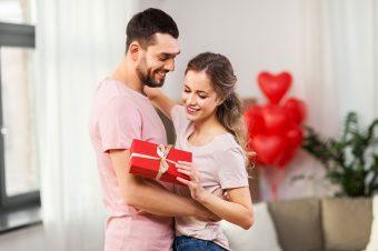 Trikovi koji će proslavu Dana zaljubljenih kod kuće učiniti posebnom