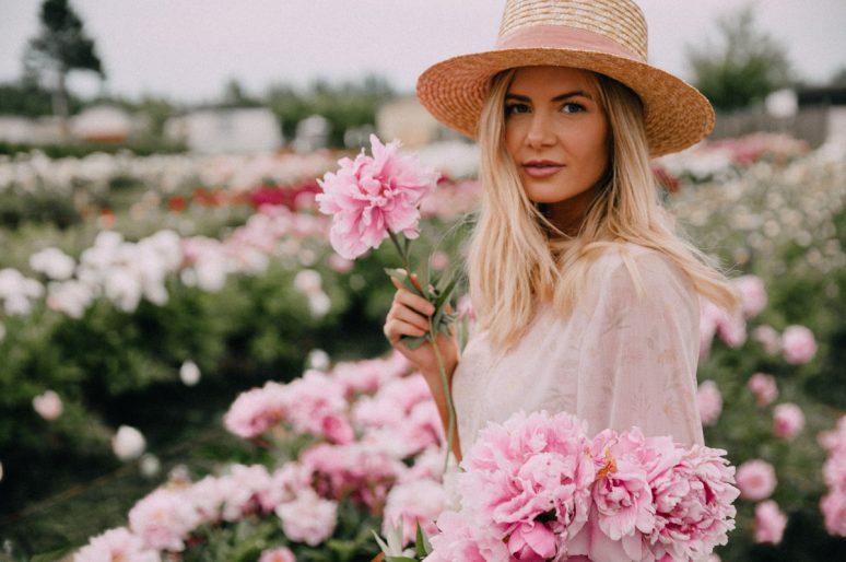 Cveće je najlepši modni dodatak ovog proleća